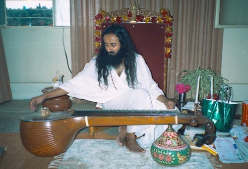 Sri Sri Ravi Shankar playing the Veena