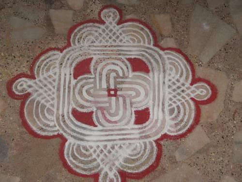 Kolam Rangoli Alpana design, 16