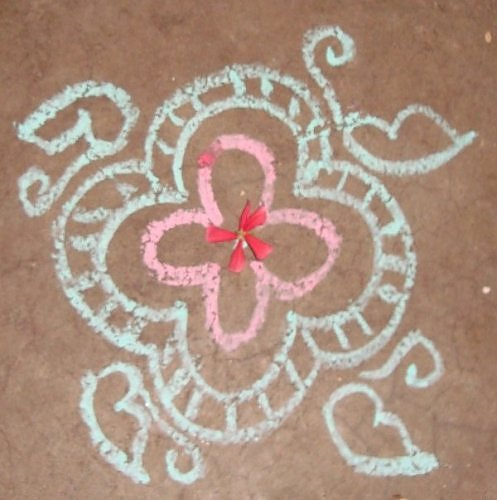 Kolam rangoli in chalk, design